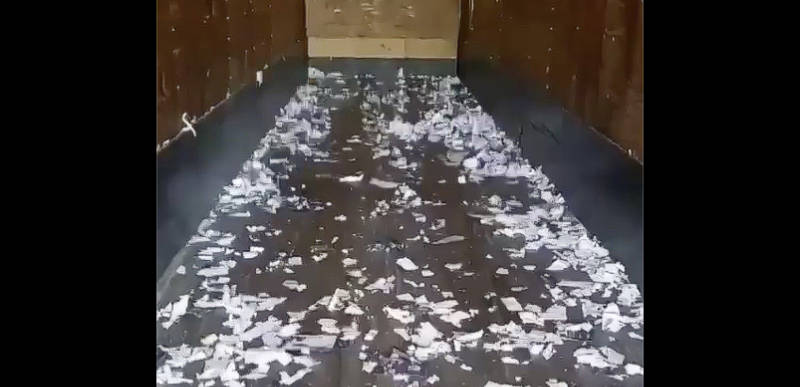 DESTROYED: Tons of Trump mail-in ballot applications SHREDDED in back of tractor trailer headed for Pennsylvania (therightscoop.com)